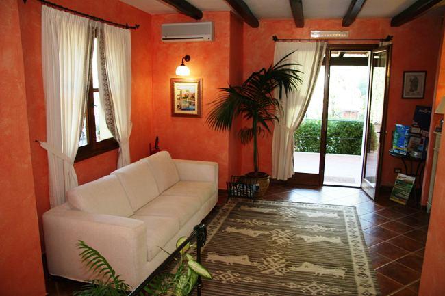 Residence Borgo Degli Ulivi - Immagine 8