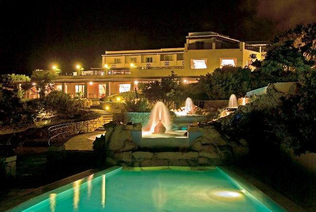 Colonna Grand Hotel Capo Testa - Image 9