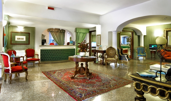 Colonna Palace Hotel Mediterraneo - Image 2