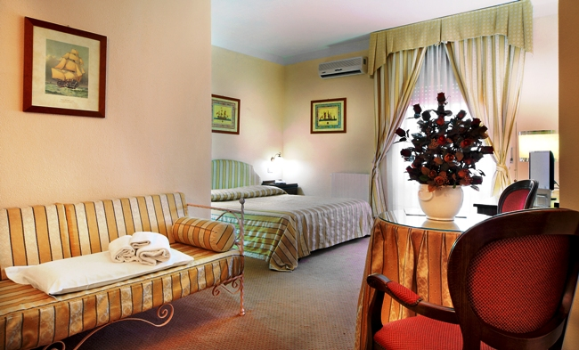 Colonna Palace Hotel Mediterraneo - Image 8