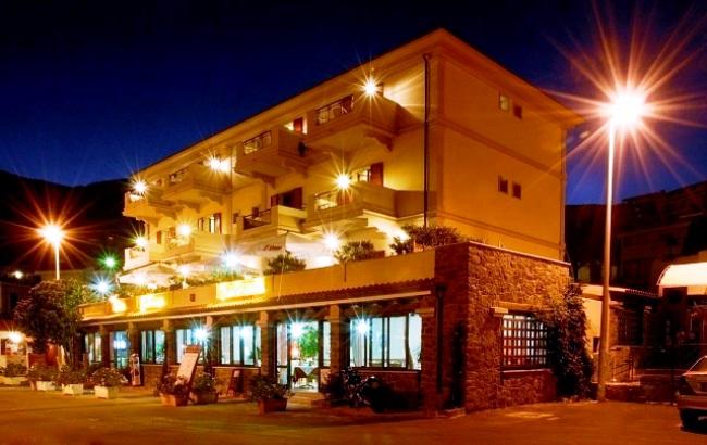 Hotel Il Nuovo Gabbiano - Image 2