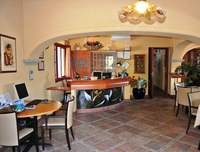 Hotel Il Nuovo Gabbiano - Image 6