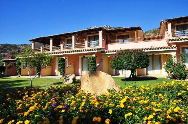 Hotel Su Giganti - Image 10