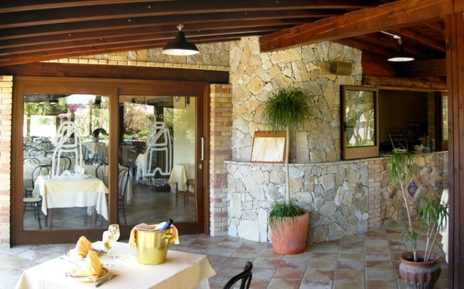 Hotel Su Giganti - Image 16