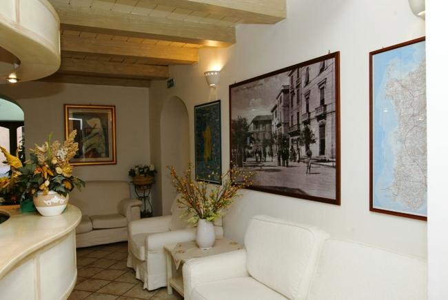 Hotel Cavour - Image 2