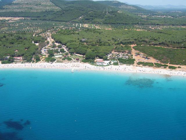 sardegna-alghero-spiaggia-le-bombarde-2.jpg